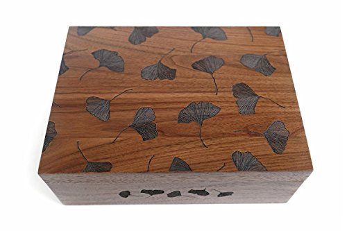 Cardtorial-Ginkgo Leaves Laser Cut Wood Keepsake Box