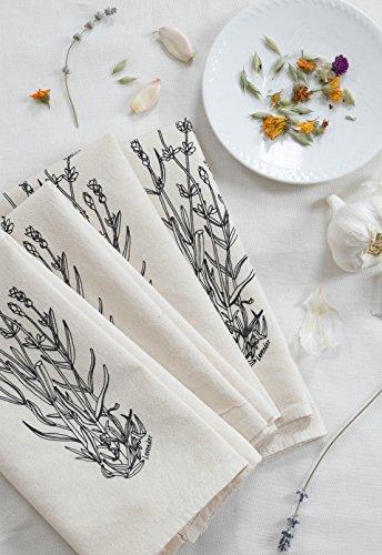 Hearth and Harrow- Set of 4  Cloth Dinner Napkins
