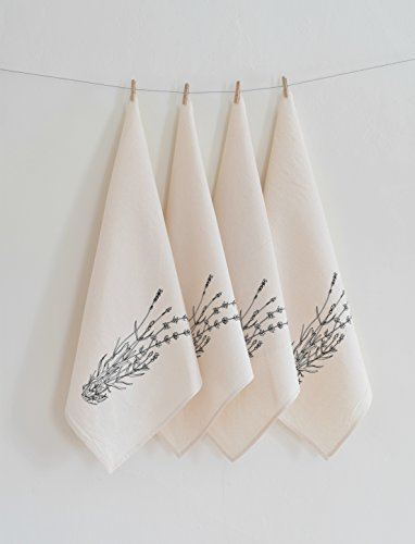 Hearth and Harrow- Set of 4  Cloth Dinner Napkins
