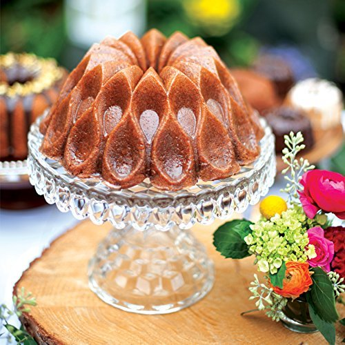 Nordic Ware-Crown Bundt Pan